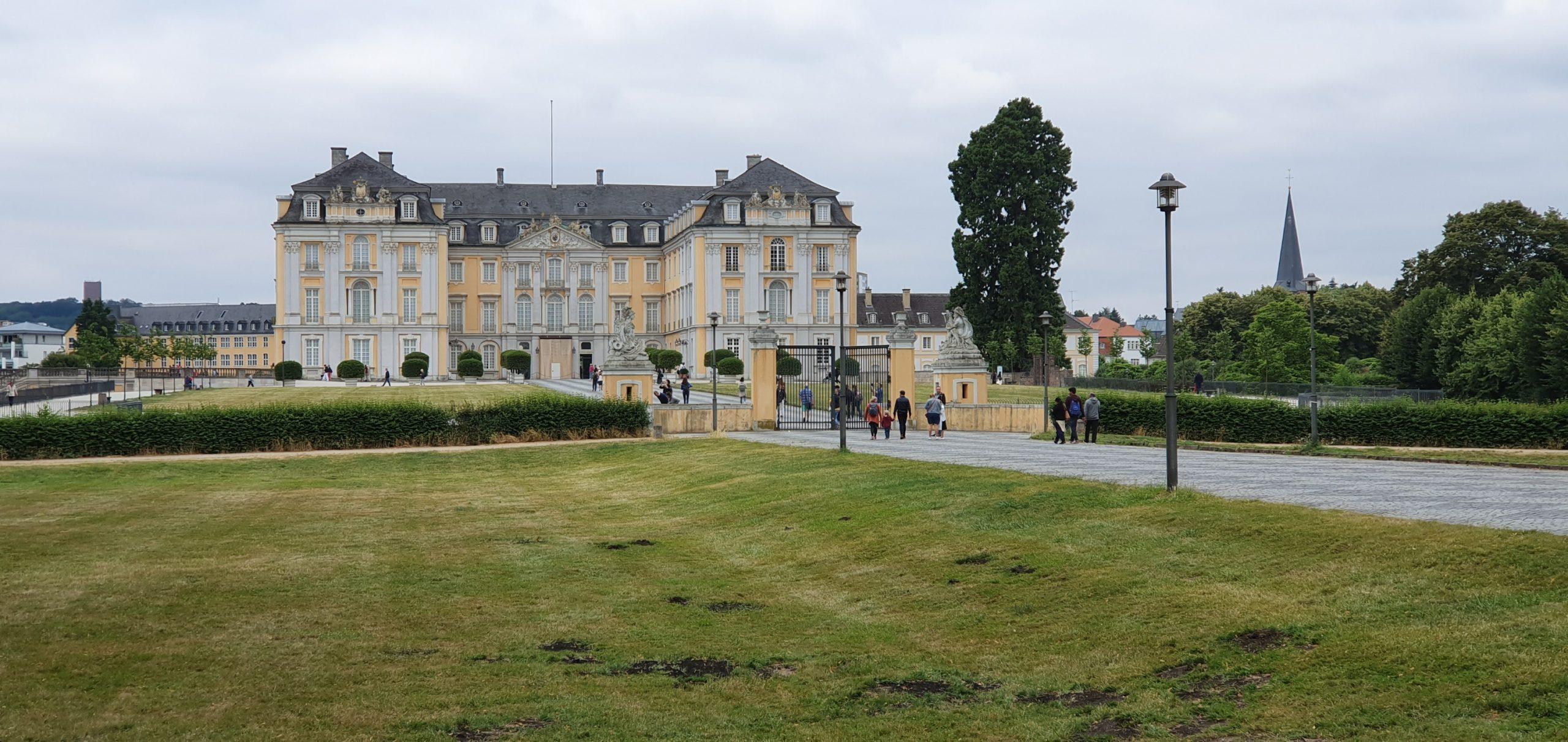 14 juillet : Châteaux d'Augustusburg et de Falkenlust